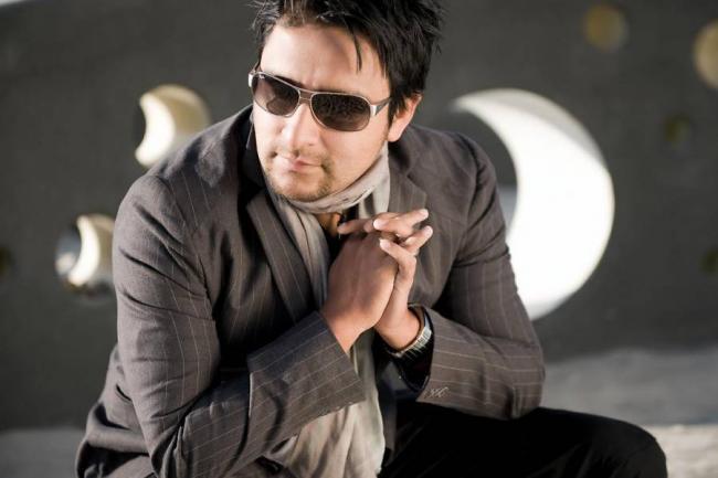 Opinión para Alex Campos cantautor evangélico