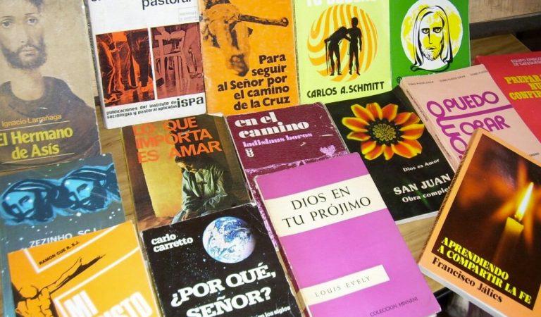 Permanecer y perseverar :  4 libros para esta cuaresma