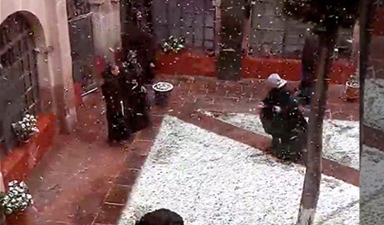 Franciscanos protagonizan singular batalla de nieve en Zacatecas