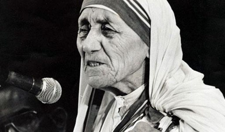 El discurso que dio Santa Teresa de Calcuta al recibir el premio Nobel de la Paz
