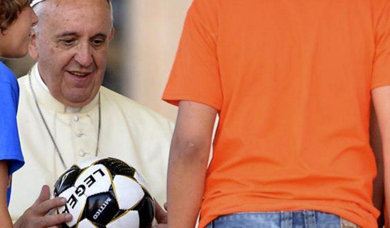 Su juego es ejemplo para los demás: Papa Francisco al futbolista