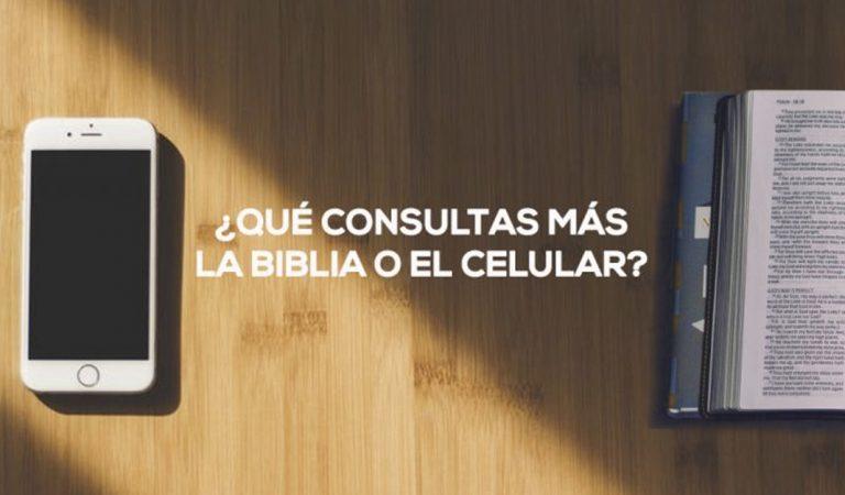 ¿Qué consultas más la Biblia o el Celular?: Papa Francisco