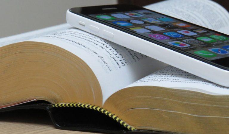 5 ventajas de utilizar la Biblia en una aplicación en tu dispositivo