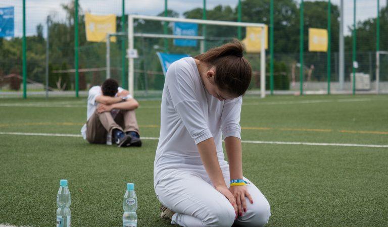 10 poderosas razones de peso para hacer oración cada día