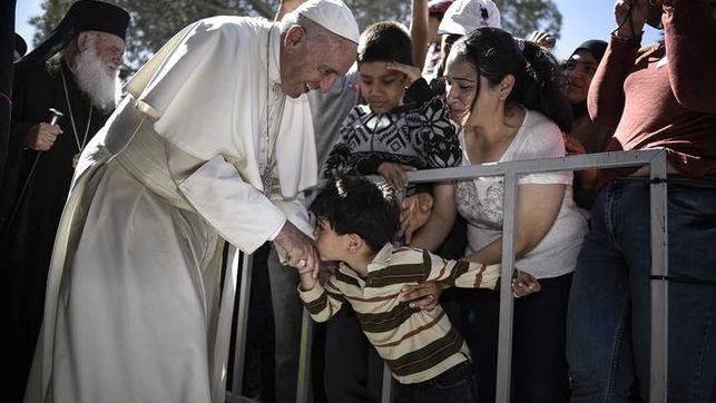 Las  líneas de acción para recibir a migrantes y refugiados que el Papa propone