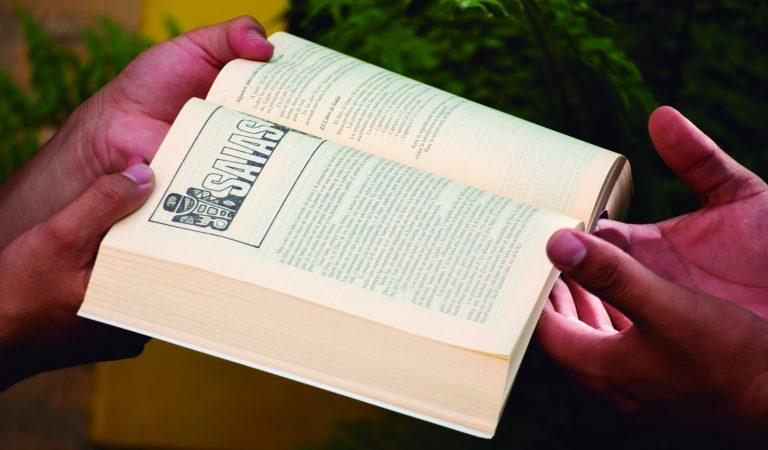 ¿Por qué la biblia Católica no tiene más ó menos libros?