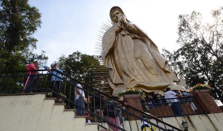 La veneración de la virgen de Guadalupe a lo largo del mundo