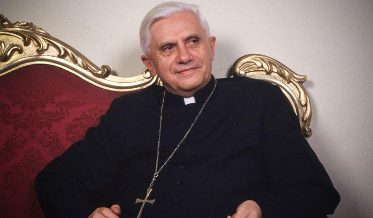 Joseph Ratzinger, de joven devoto y dedicado a la Fe a Benedicto XVI un Papa Guerrero de la Fe.